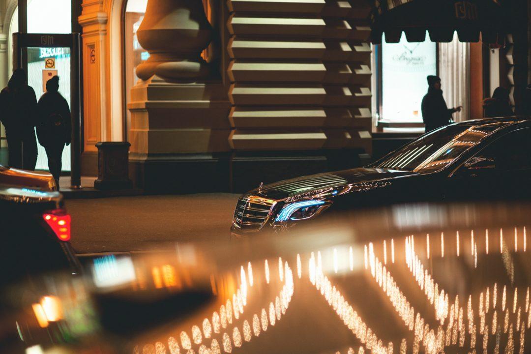 "mercedes benz s klasse 1080x720 - Neues Entertainmentsystem ""Splitview"" für Mercedes-Benz S-Klasse"