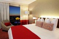 radisson blu hotel sandton - Radisson Blu Hotel Sandton in Johannesburg feiert Grand Opening Party