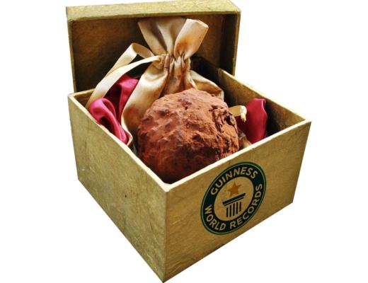 teuerste praline der welt La Madeline au Truffe Knipschildt Chocolatier 520x400 - Die teuerste und luxuriöseste Praline der Welt: La Madeline au Truffe