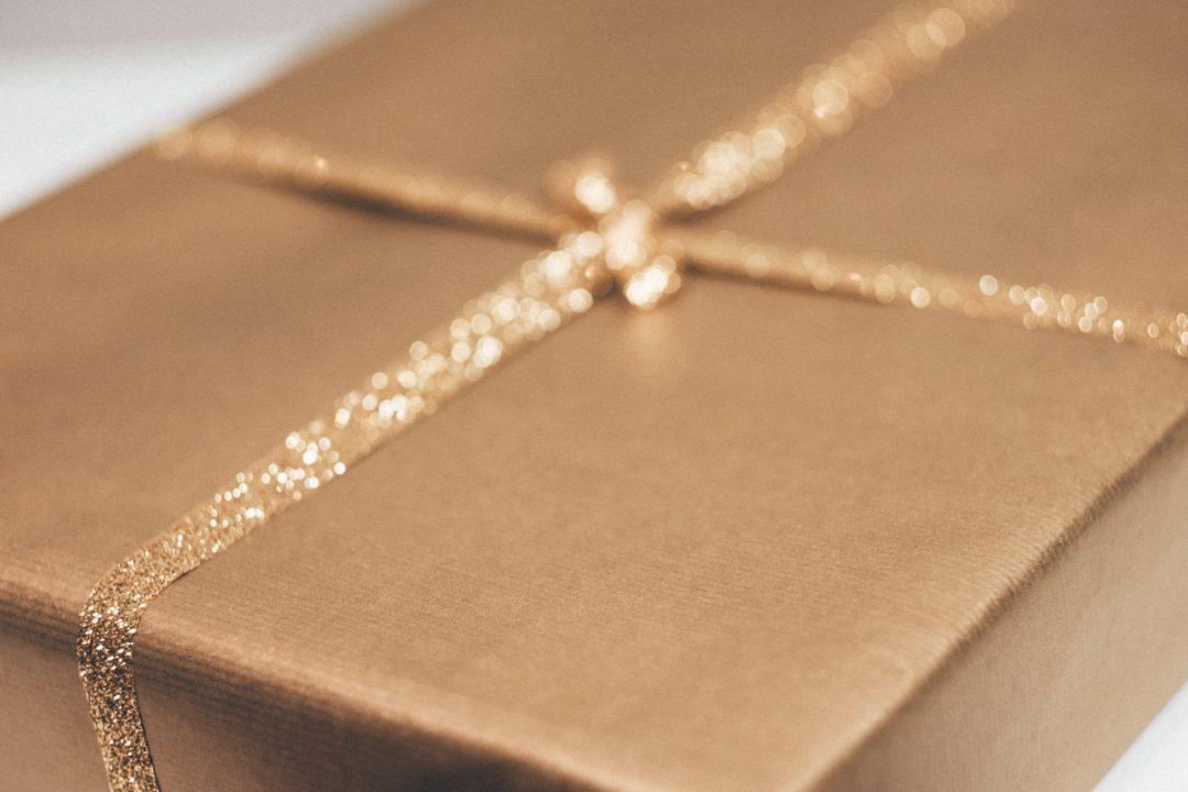 goldbarren gravur persoenliche widmung 1080x720 - Goldbarren mit individueller Gravur – Eine glänzende Geschenkidee