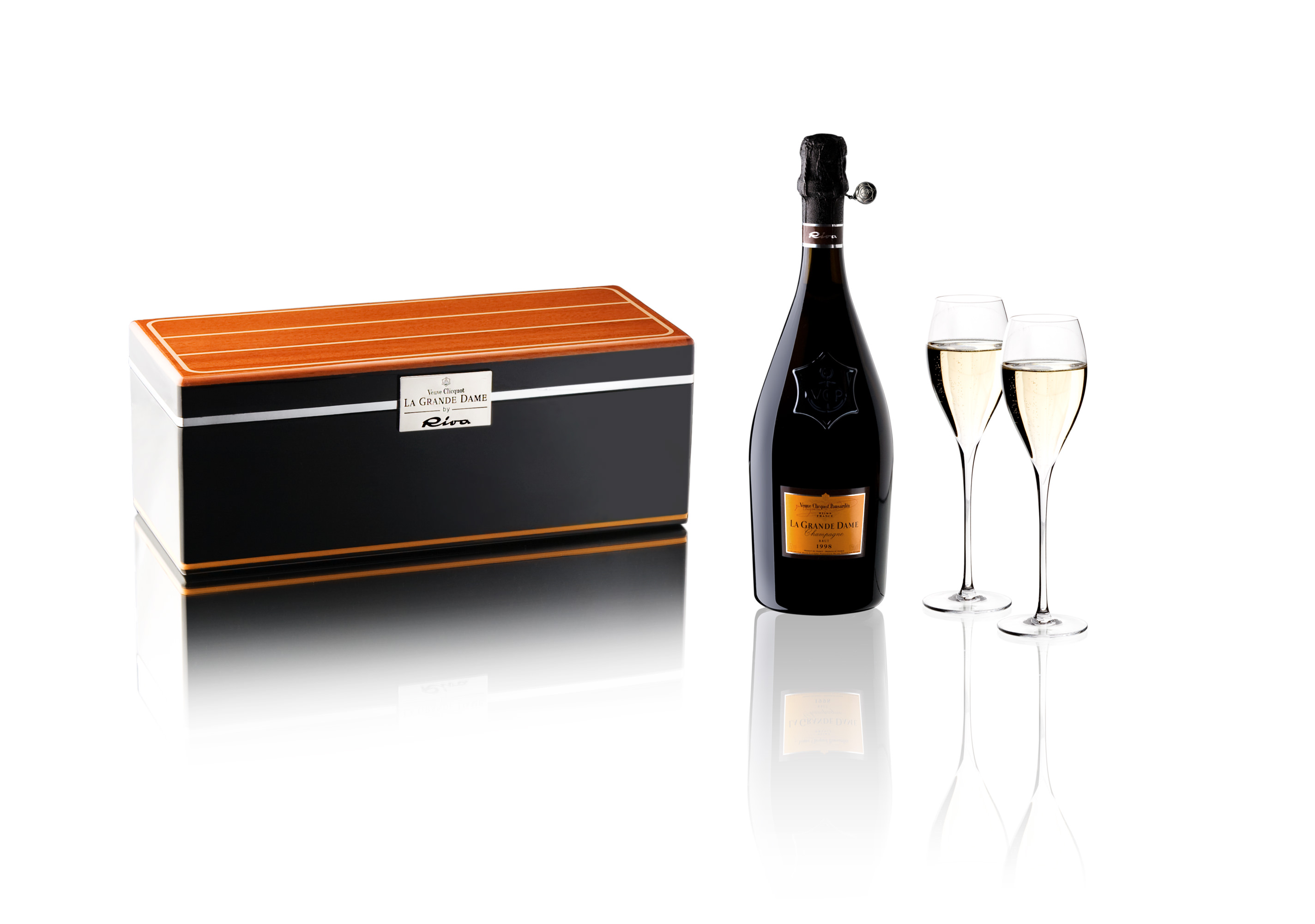 Veuve Clicquot Cruiser Box La Grande Dame by Riva