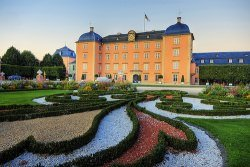 luxus villa mieten by wolfgang staudt - Luxus zum Mieten...