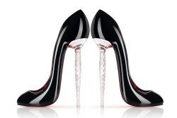 louboutin_Champagner Glas