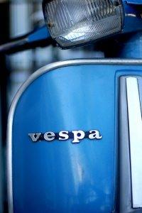 Bel & Bel Vespa Möbel Design by Mark Fletcher