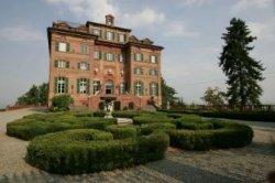 Schloss Carla Bruni Christies - Familienschloss von Carla Bruni erneut zu verkaufen