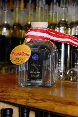 Edelbrand des Jahres 2010 by publicworks schmiedel - Die 13 besten Destillerien Europas - Markus Wurth ist einer von ihnen