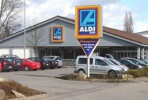 Aldi by wiki Sysop - Die gepanzerte Limousine von Aldi-Gründer Theo Albrecht steht zum Verkauf