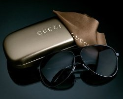 Gucci by flickr joshuahoffmanphoto - Gucci: Diamant Canvas Kollektion