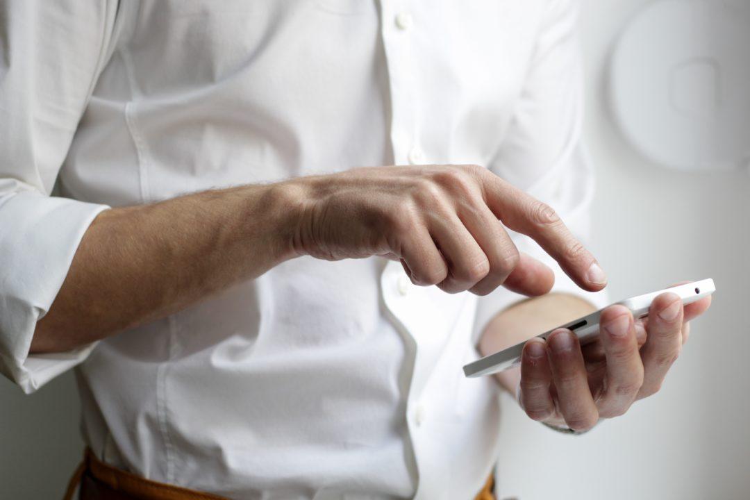 samsung smartphone 1080x720 - Samsung kündigt weiteres Bada-Handy an