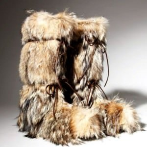 tom ford fur boots 300x300 - Der Pelz