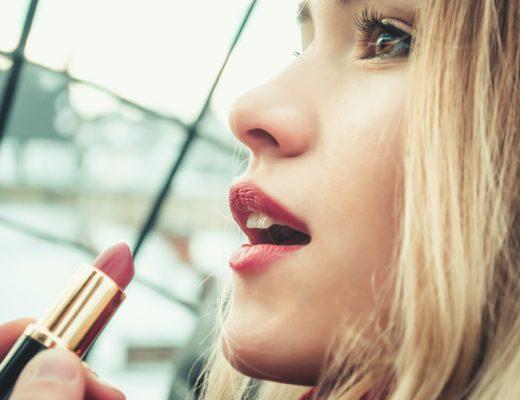 lippenstift 520x400 - Gratis Lippenstifthalter bei Swarovski