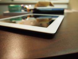 iPad 2 by flickr adamjackson1984 - Display-Probleme beim iPad 2