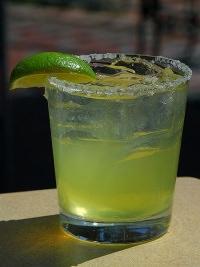 Cocktail by wikimedia Jon Sullivan - Culinary Cocktails sind der Häppchen-Trend