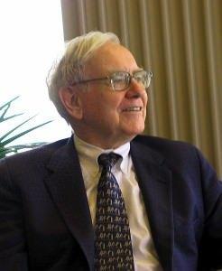 Warren Buffett cc by wikimedia Mark Hirschey 246x300 - Ein Mittagessen mit Warren Buffett für 2,6 Millionen Dollar