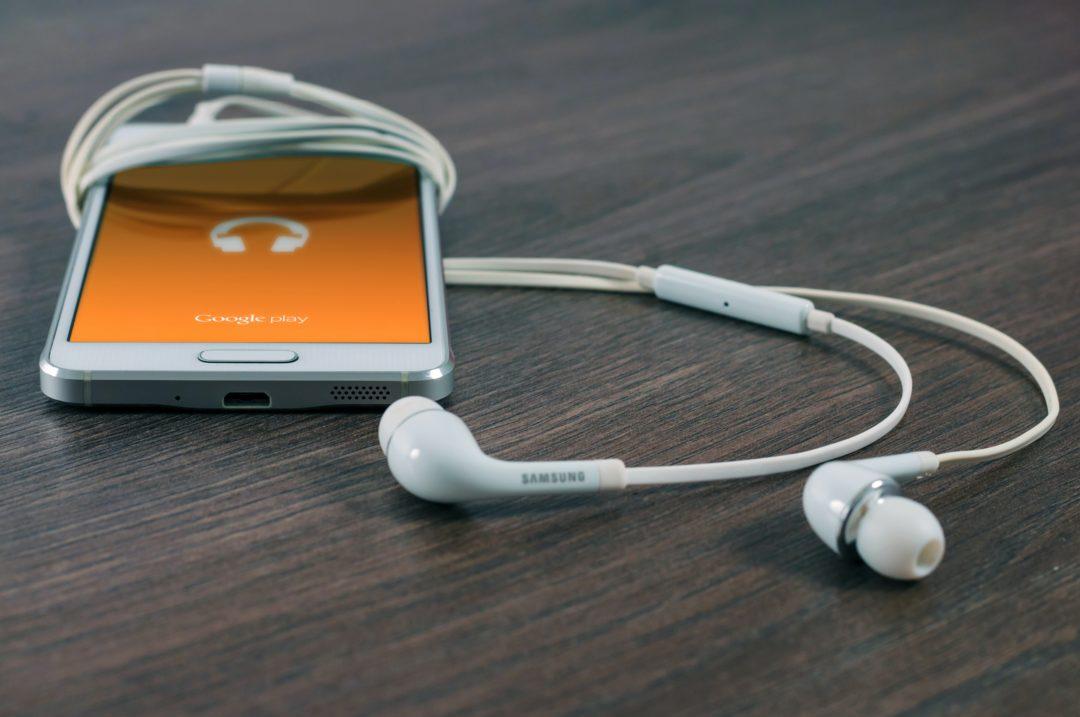 handy musik 1080x717 - Sony: Ende für MiniDisc-Player