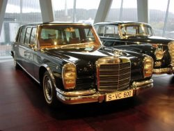 Mercedes Pullman by wikimedia MartinHansV - Mercedes setzt in Zukunft auf Pullman