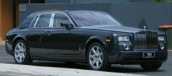 Rolls Royce by wikimedia Sean Lamonby - Rolls-Royce: Rekordjahr 2011