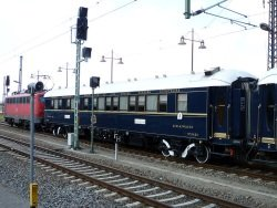 alte Züge by wikimedia Jour reveur - Orient-Express: Von Berlin nach Venedig