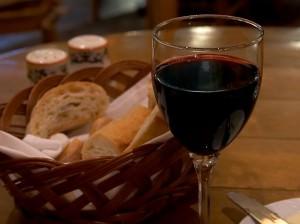 public domain image com2 300x224 - Der richtige Wein zu einem guten Essen