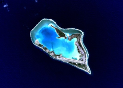 Wake Island Quelle wikimedia - Orsos Islands: Mobile künstliche Luxus-Inseln!