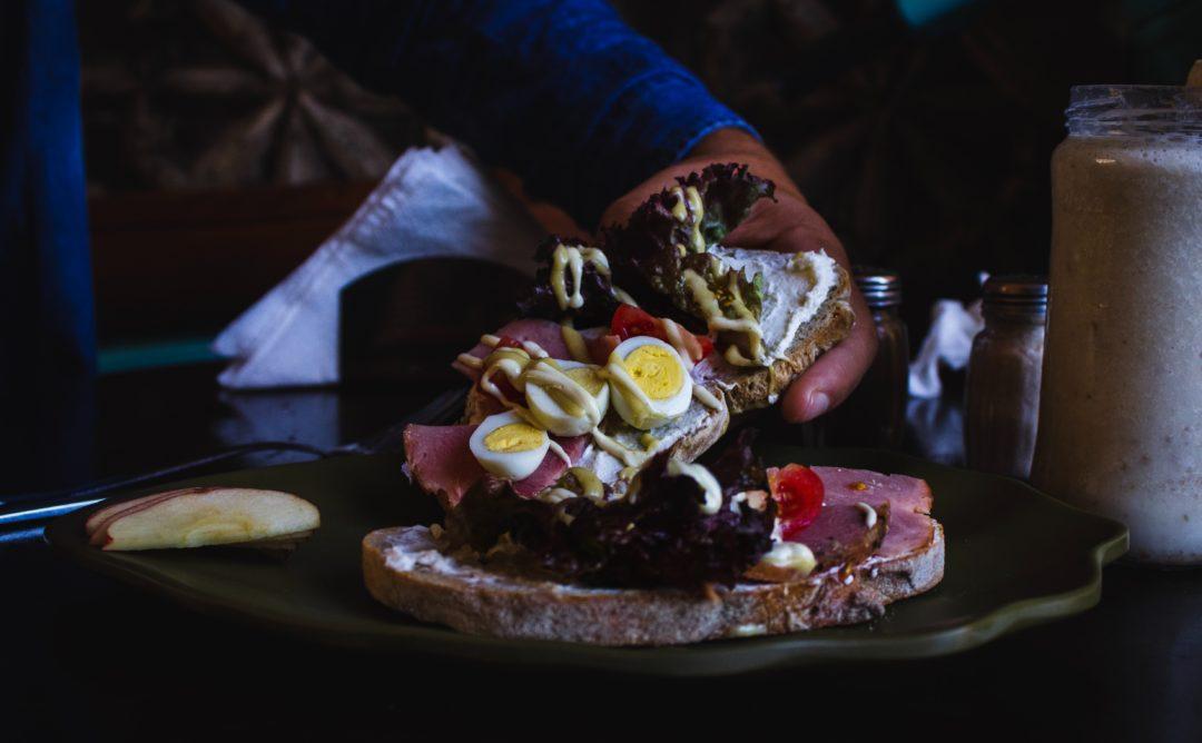 pastrami sandwhich berlin 1080x668 - Pastrami Sandwich in Berlin: Das Deli Mogg & Melzer