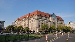 KaDeWe by wikimedia Jochen Jansen1 - Berlin: Exklusive Luxuswohnungen neben KaDeWe