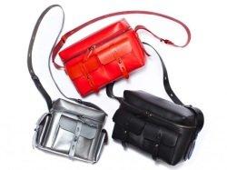 Karl Lagerfeld Kamerataschen Foto PR - Karl Lagerfeld: Accessoires H/W 2012/2013 samt stylisher Kameratasche
