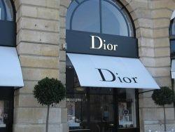 Dior by flickr StephenCarlile - Dior mit eigenem Magazin!