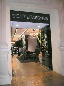 Dolce gabbana 225x300 - Das sind die Wintermodetrends der Luxuslabels