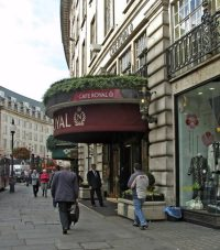 Cafe Royal by wikimedia Christine Matthews - The Miu Miu London: Temporärer privater Club für Frauen