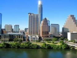 "Austin Texas by wikimedia Stuart Seeger - Texas: Anwesen ""The Castle in the Woods"" wird verkauft"