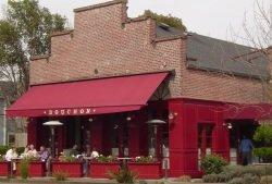 Bouchon Restaurant by wikimedia Calton - Thomas Keller: Exklusive Geschenksets vom Starkoch