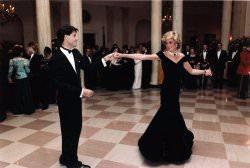 John Travolta and Princess Diana Quelle Wikimedia - Exklusive Roben von Prinzessin Diana versteigert