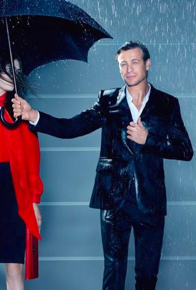 Bildschirmfoto 2013 04 17 um 21.11.40 - Der neue Duft von Givenchy für den echten Gentleman