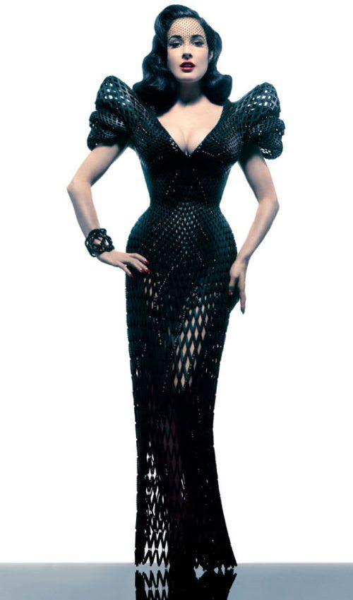 dita von teese 3d printed dress 11 - Dita in 3D