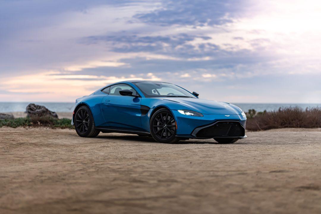 aston martin vantage 1080x721 - Sixt Luxury Cars: Aston Martin mieten