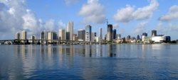 Miami by wikimedia Miamitom - The Webster: DER Luxus Concept Store in Miami