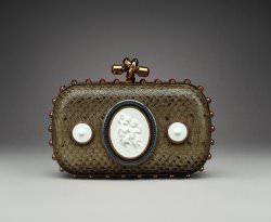 KPM x Bottega Veneta Foto Bottega Veneta - Limited Editions: 250 Jahre KPM und 5 Jahre Zusammenarbeit mit Bottega Veneta