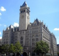 Old Post Office by wikimedia AgnosticPreachersKid - Trump baut Old Post Office in Wahsington D.C. in Luxushotel um