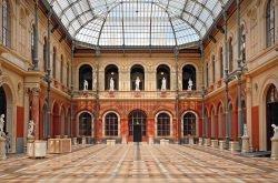 École National Supérieure des Beaux Arts by wikimedia Dalbera - Ralph Lauren: Party zum Renovierungsstartschuss von Pariser Kunstschule
