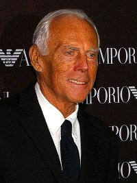 Giorgio Armani by wikimedia Jan Schroeder - 24. Oktober ist Giorgio Armani Tag in New York!