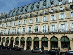 "Hotel Meurice cc by wikimedia wowo2008 - ""Le Meurice"" in Paris: Weitere Sterne für Alain Ducasse"