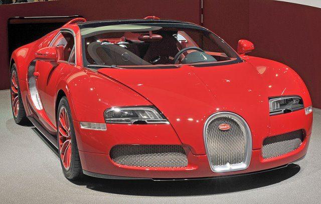 Bugatti Veyron by wikimedia Ralf Roletschek - Bugatti Veyron: Produktionsende nah!