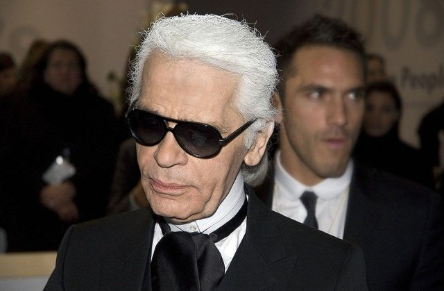 Karl Lagerfeld by wikimedia Siebbi - Chanel Cruise Show 2014/15 in Dubai