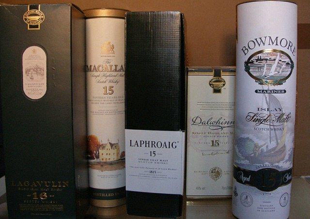 Single Malt by wikimedia EvaK - Zu Weihnachten eine Whisky Verkostung verschenken