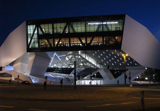 Porsche Museum by wikimedua RudolfSimon - Der erste Porsche ab jetzt in Stuttgart zu sehen