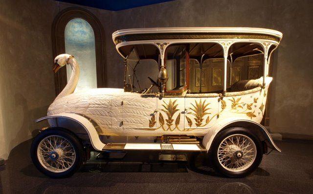 Brooke Swan Car cc by wikimedia AlfvanBeem - Retromobile in Paris: Die skurrilen Luxus-Fahrzeuge der Maharadschas