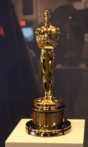 """Oscar cc by wikimedia Travis - Oscars 2014: Das sind die luxuriösen Trostpflaster für die """"Verlierer"""""""