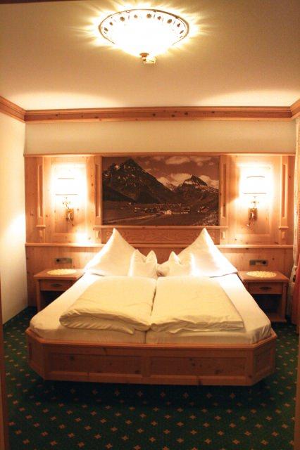 Schlafzimmer-Almhof-Galtuer