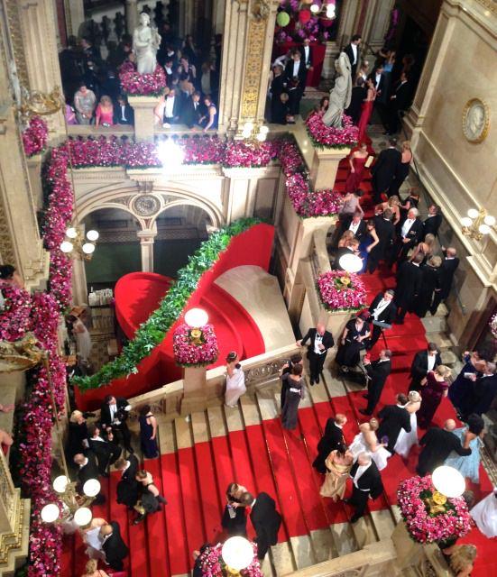 opernball fashion insider 2 - Der Wiener Opernball damals und heute